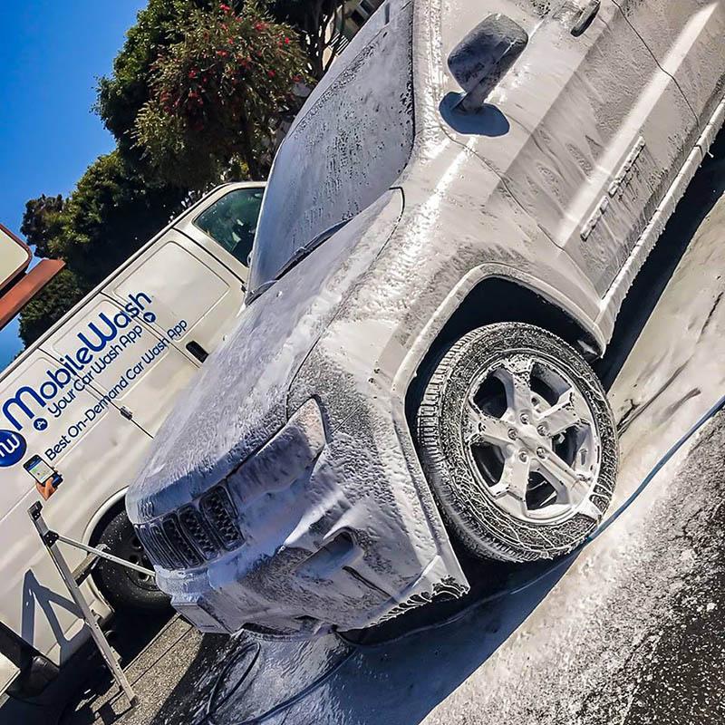 hand car wash near Santa Ana | Mobile Wash